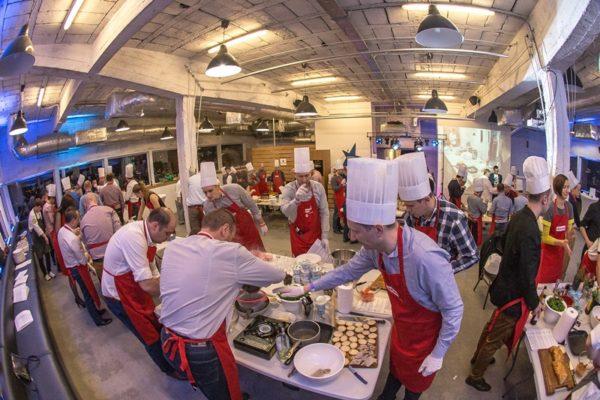 Impreza firmowa integracyjna gotowanie